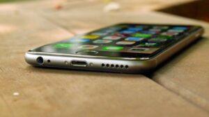 iPhone 6 te perdorur nga USA ne Dyqan Taxi