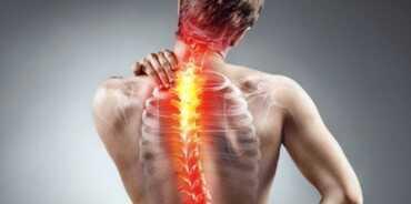 Shtylla Kurrizore e njeriut dhe deformimet e saj dhimbje shpine qafe