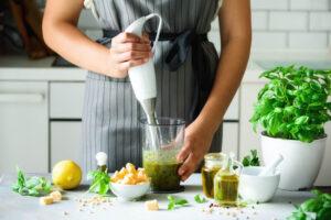 hand blender mixer ushqimi