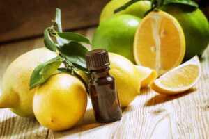 Vaji esencial nga limoni